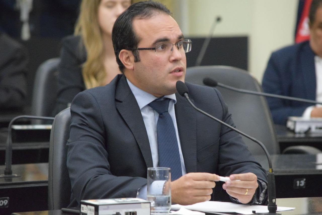 Aprovada PEC que garante participação da ALE em conselhos estaduais