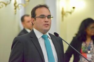 Deputado Davi Maia se posiciona contrário a regulamentação aplicativos de transporte