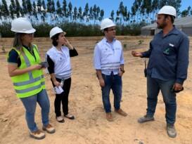 Davi Maia acompanha destinação do petróleo recolhido de praias