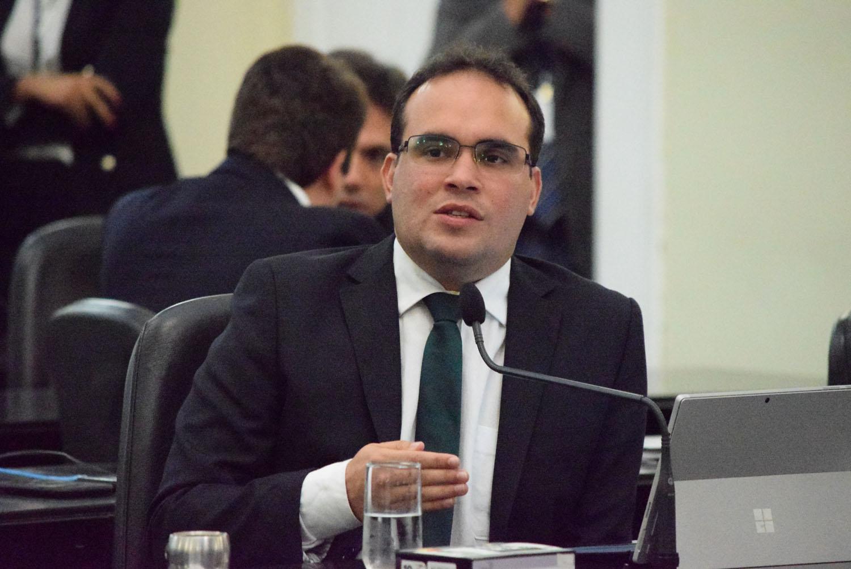 Toledo e Davi Maia prometem oposição com independência