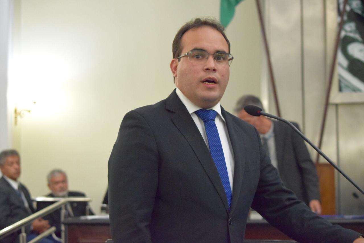 Davi Maia destaca trajetória política do ex-governador Ronaldo Lessa