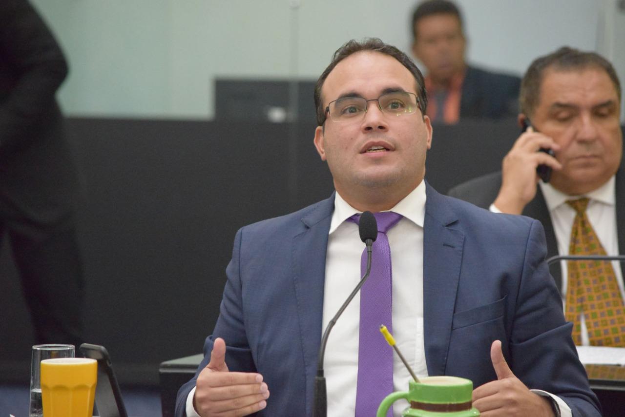 Davi Maia apresenta requerimento para convocação de delegado geral em Alagoas