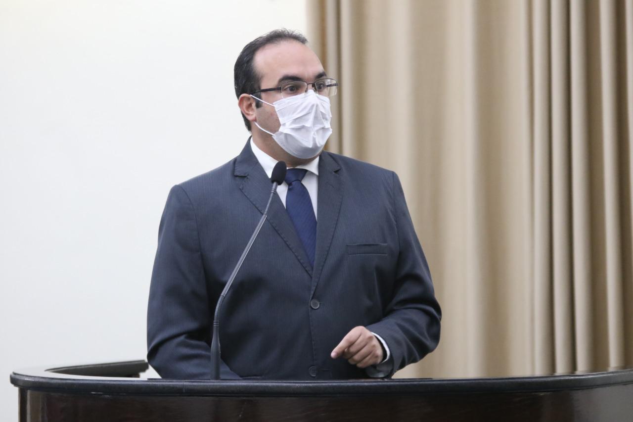 Deputado constrói projeto de lei para regulamentar concursos durante pandemia