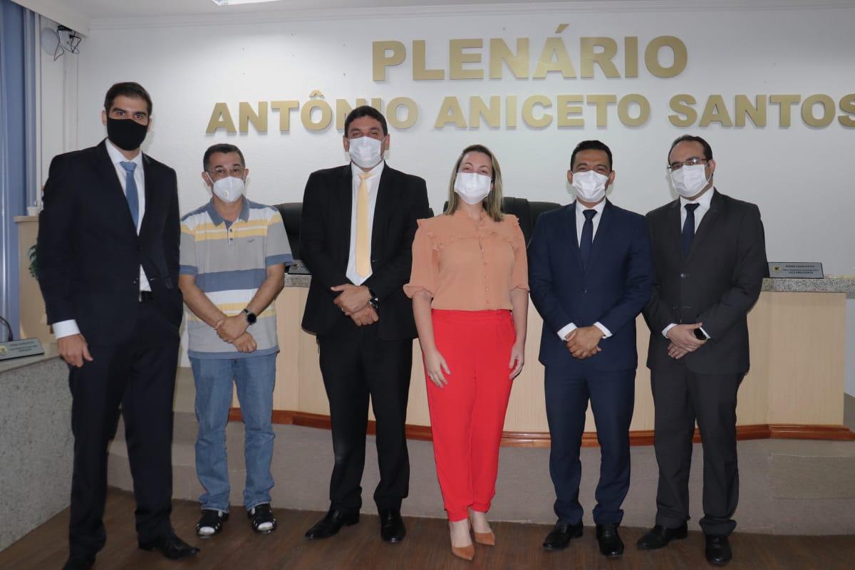 Vereadores de Pilar votam para entregar título de cidadão honorário à Davi Maia